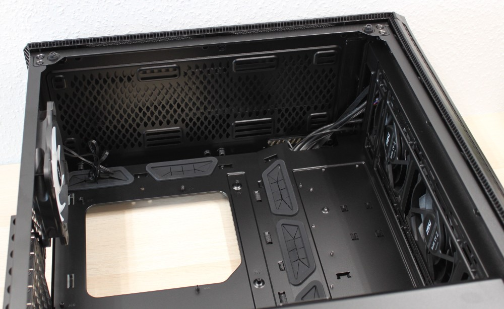 "MSI Case 2.5"" hard drives"