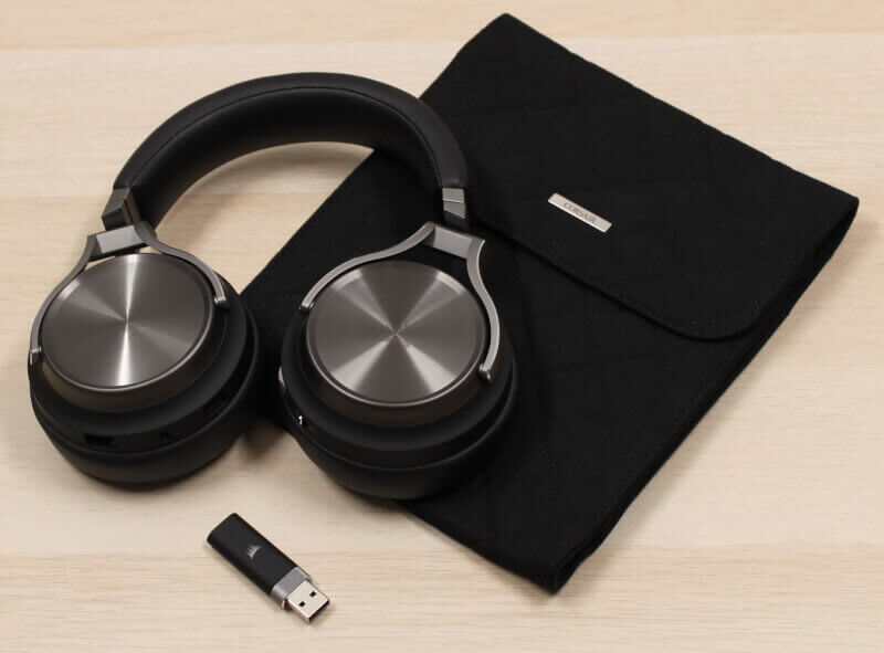 Corsair_wireless_headset_surround_dongle_transport_bag_slipstream.jpg