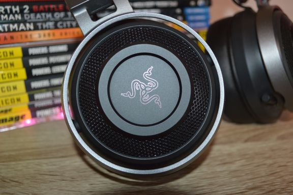 Razer Nari Ultimate: Gaming headset with tactile feedback