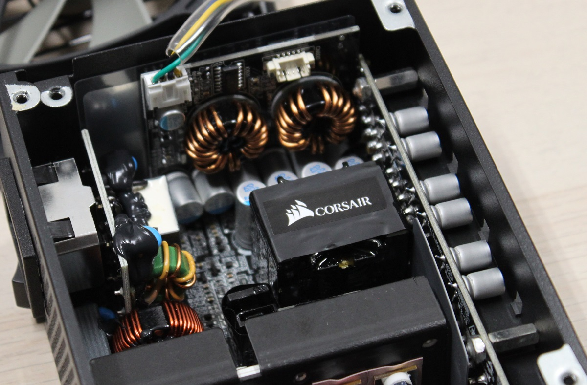 Corsair SF750 transformer