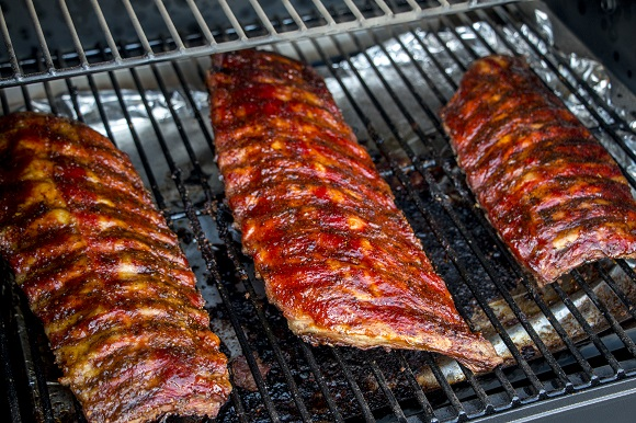 traeger 575 pro ribs grilled