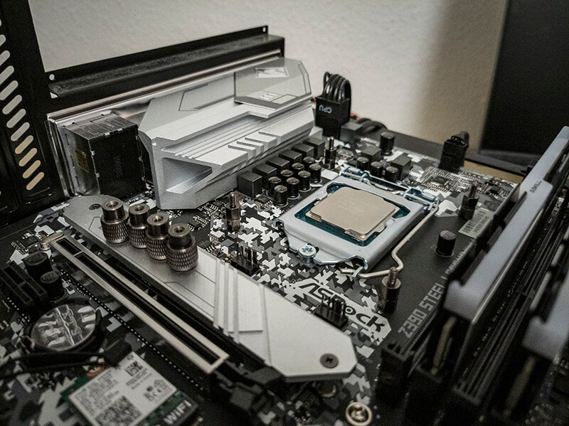 montering_aio_h100i_rgb_pro_xt_motherboard